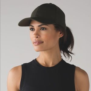 NWT Lululemon Ballet Dark Olive Army Green Hat
